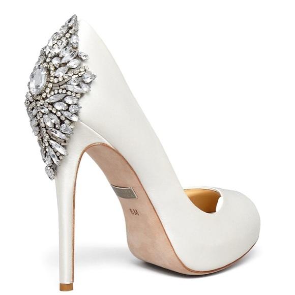 9ca13ad862bb Badgley Mischka Shoes - badgley mischka Kiara Satin Platform High-Heel